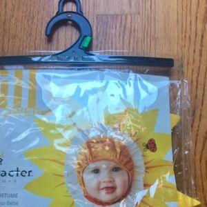 59433812b39da Costumes | Halloween Baby Silly Sun Flower Costume L 2t 24mon | Poshmark